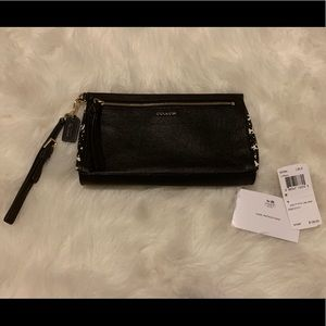 Coach Wristlet (new with tags)